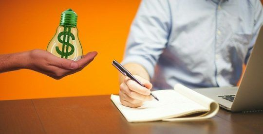 How Much Do Brokers Get Paid